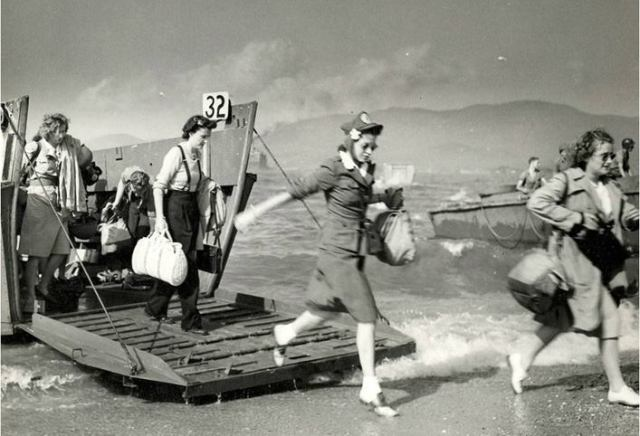 Normandy Beach landing 10255001_10152135698586752_7034478206548702838_n